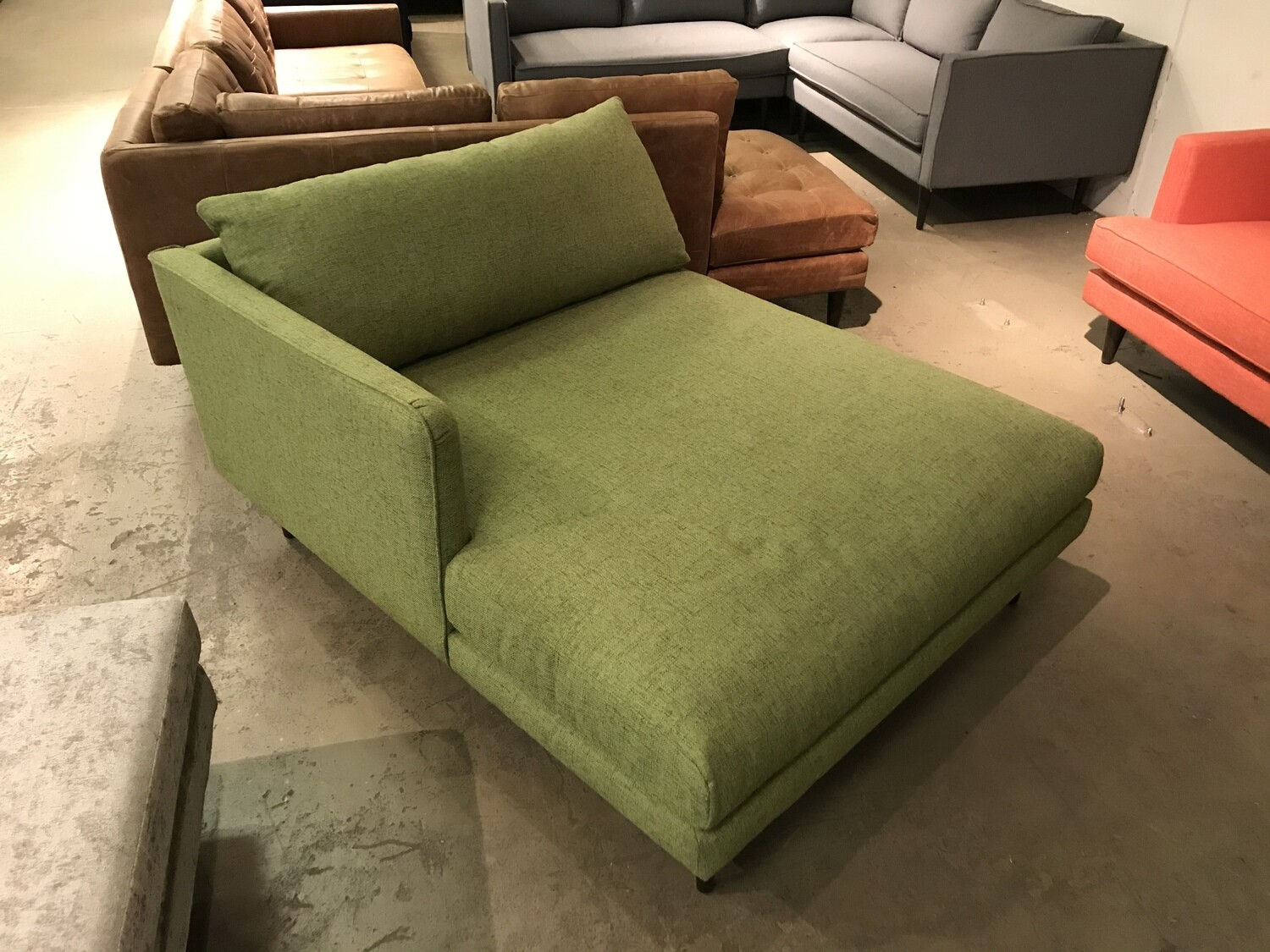 JB Lewis Chaise (Notion Appletini)