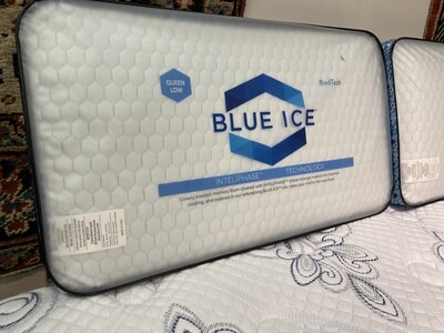 Blue Ice Pillow (Queen-High)