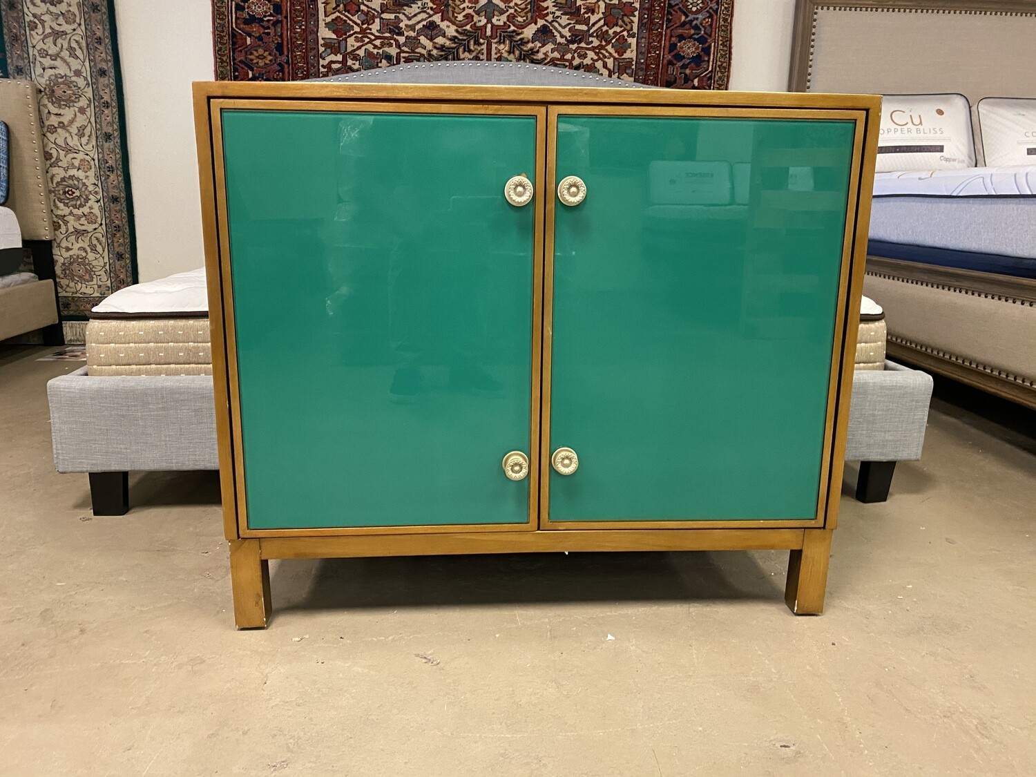Glass Cabinet w/ Shelves (Green)