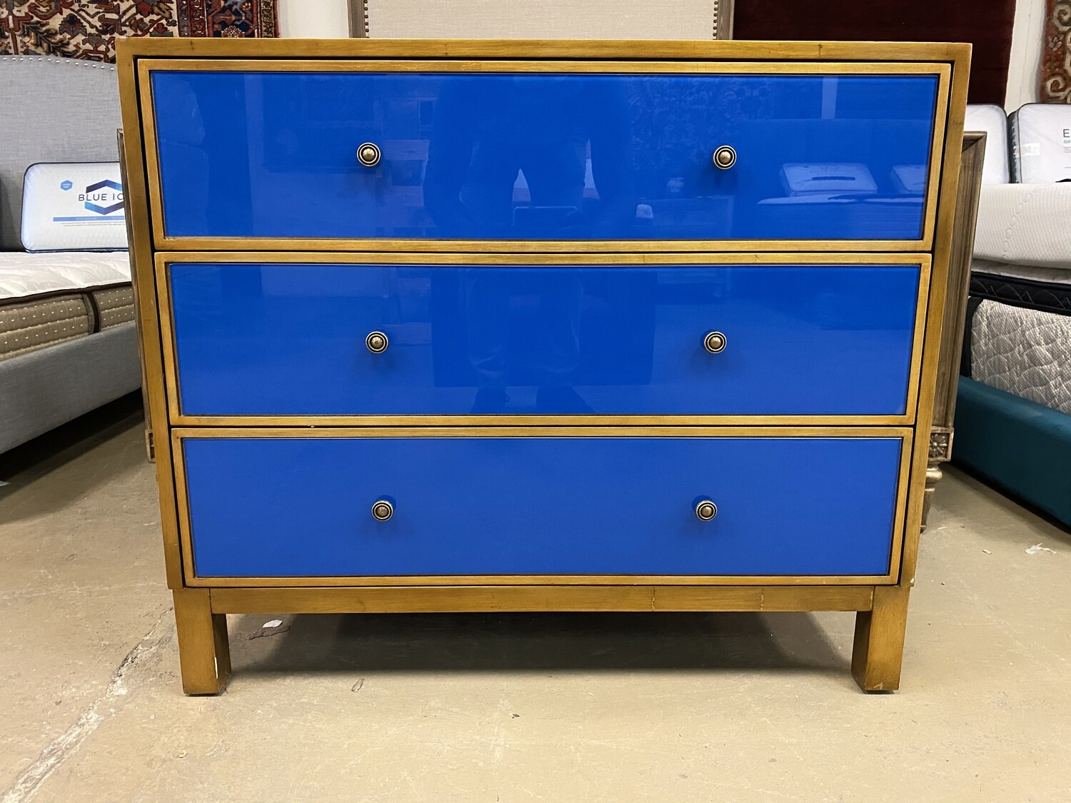 Glass Chest w/ drawers (Blue)