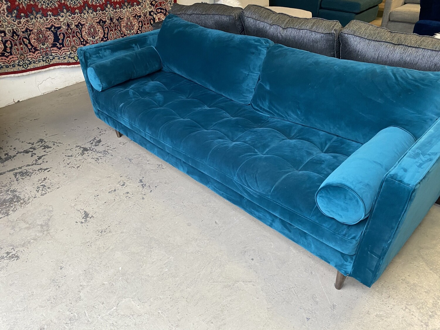 JB Briar Sofa 2172 (Royale Peacock)