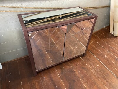 BMC Bar - Mirror/ Wood