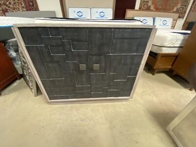 Bassett Mirror Company - Chest - Grey w/ dark doors