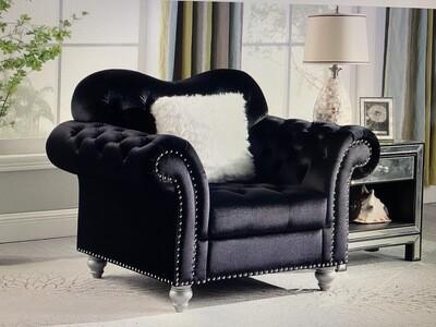 Nylah Black Velvet Chair