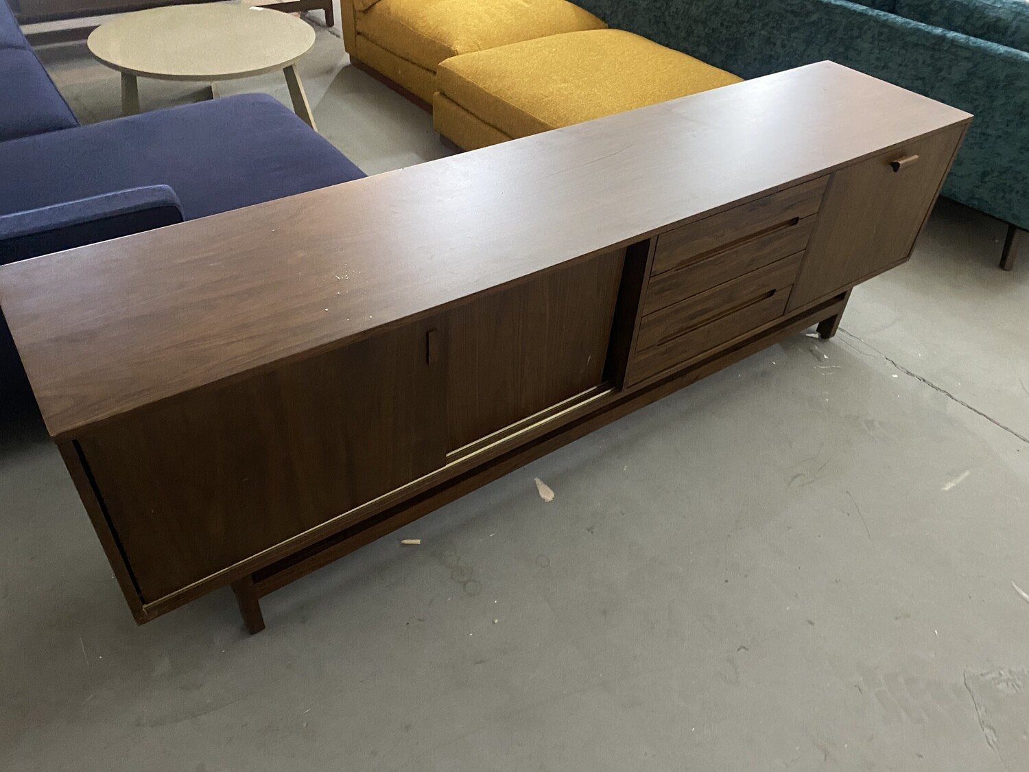 JB Williams Media Console 2136