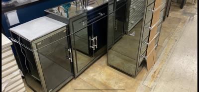 Bassett Mirror Company - Trevor Server