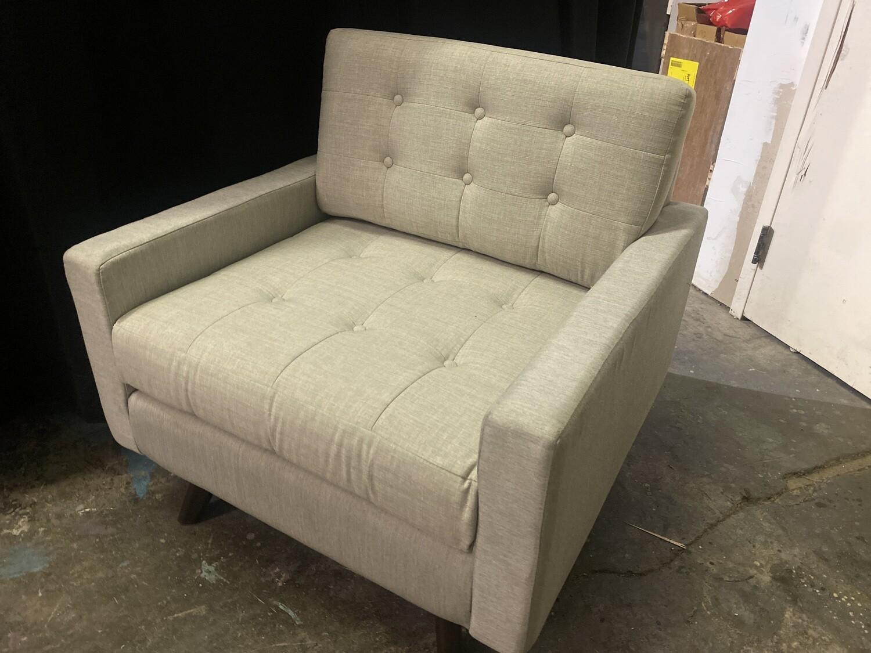 JB Eliot Chair (Beige - Damaged)
