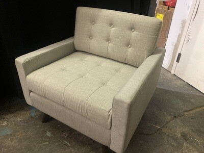 JB Eliot Chair (Beige - Damaged)
