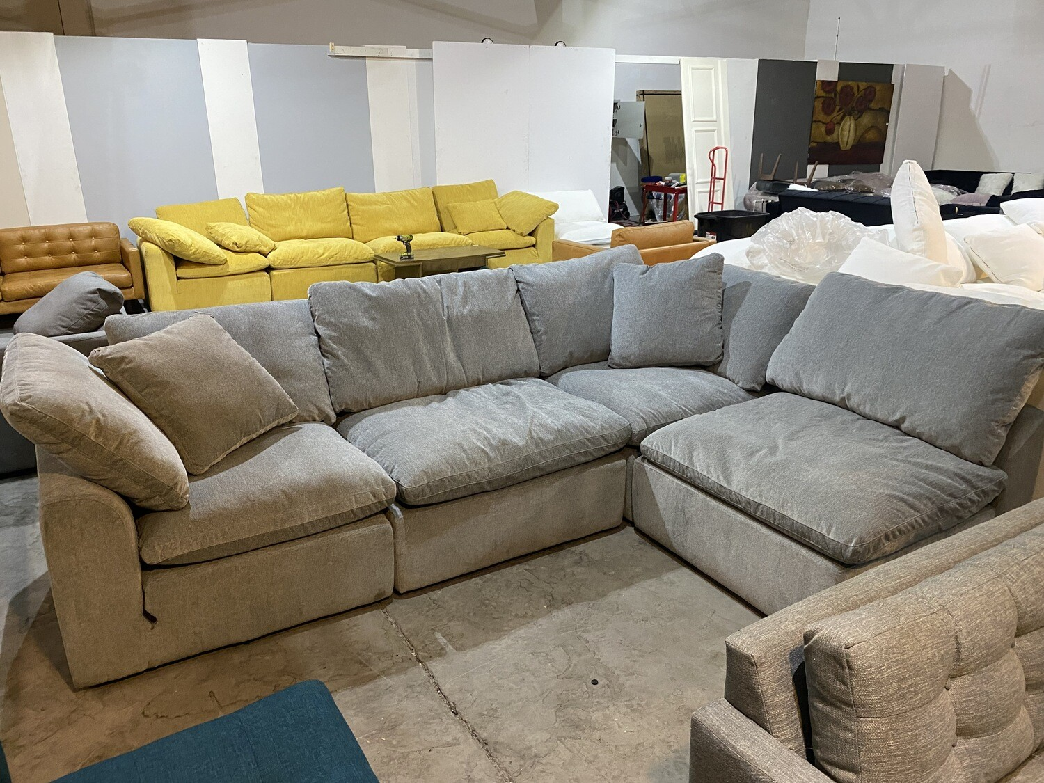 Bryant L-Sectional (4 piece) (Synergy Pewter) 5056
