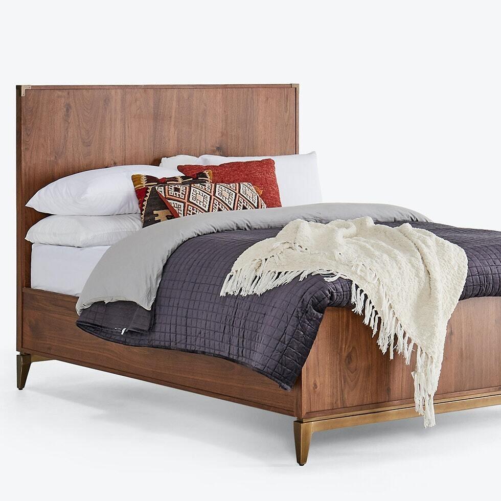 JB Fenton Bed  (Queen) 1613