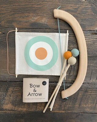 Living Bow + Arrow Set