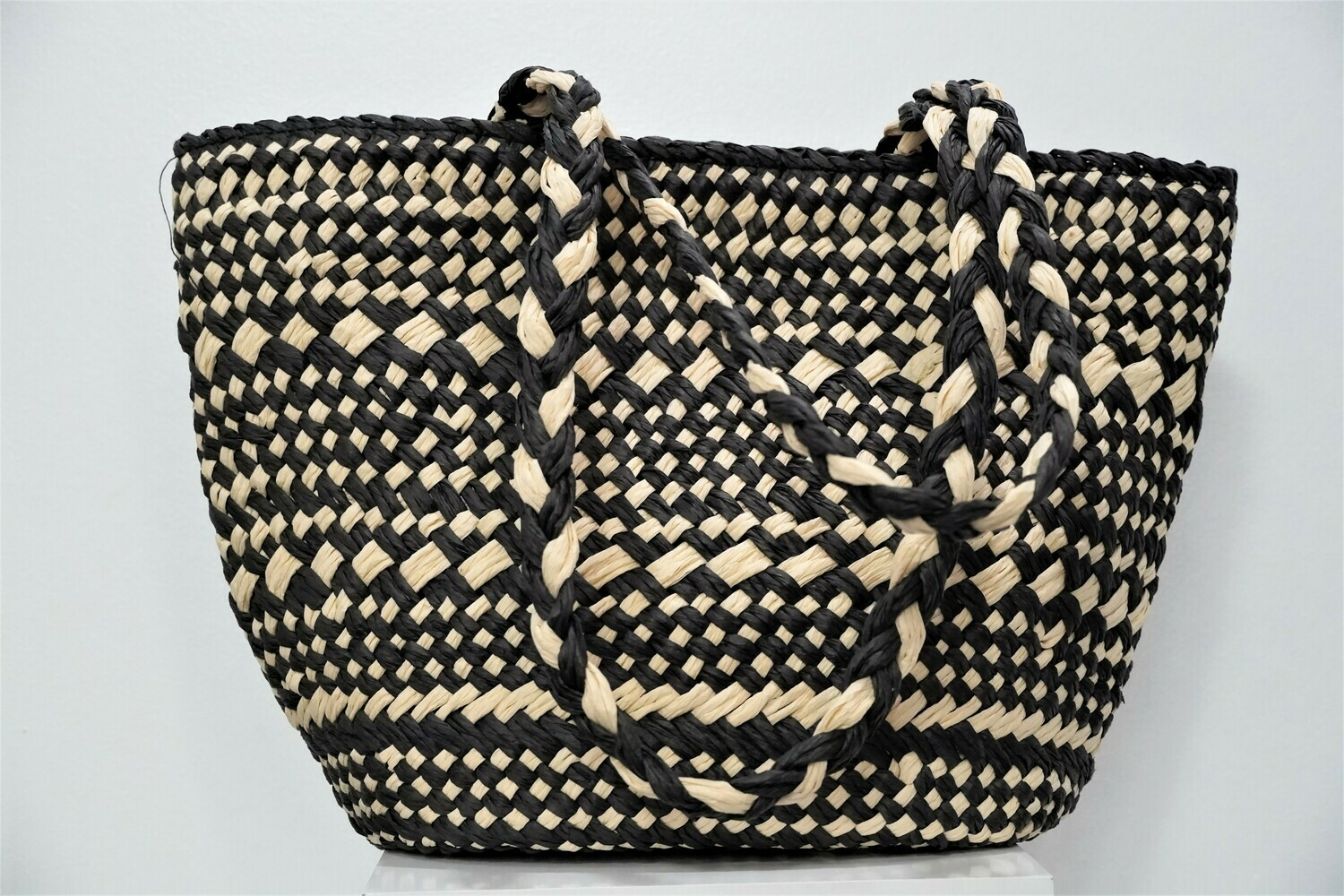 Chic Straw Tote