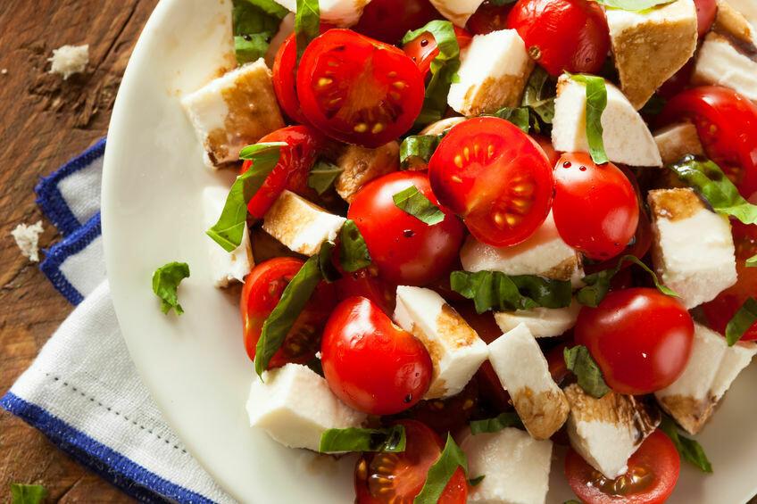 Salade de tomates cerise, mini bocconcinis au pesto  (500 ml)