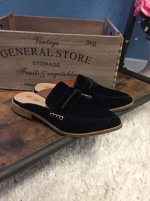 Black Mule Shoe