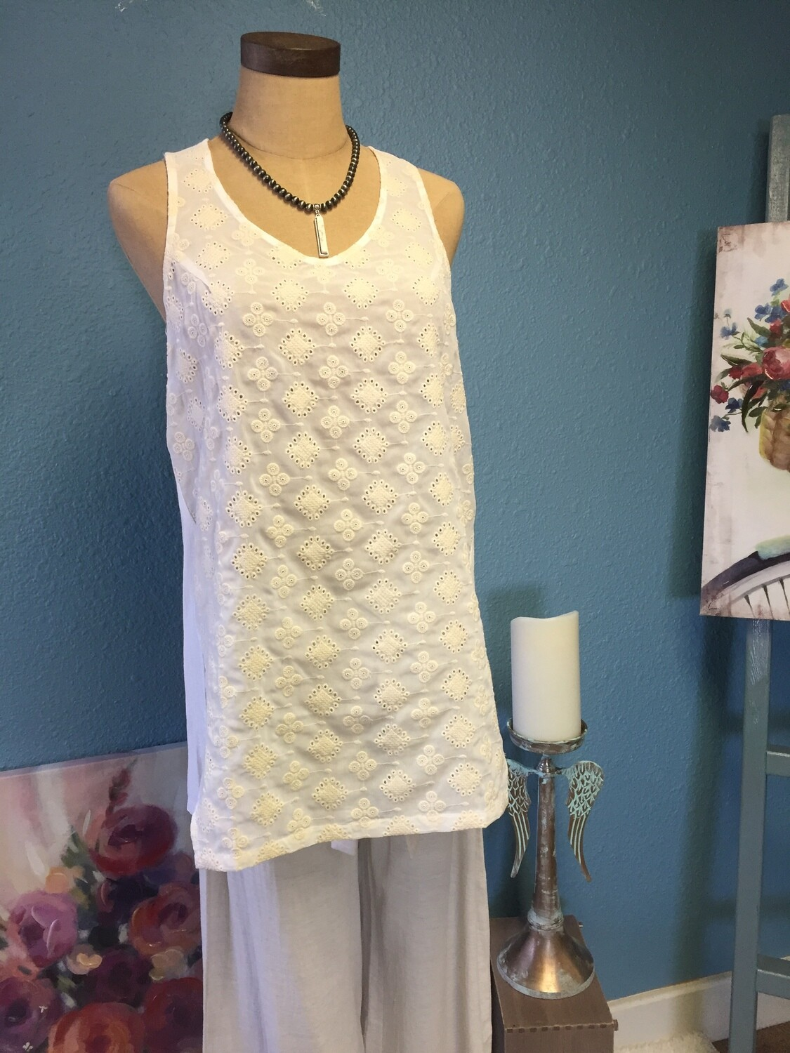AAC-White Sleeveless Tunic