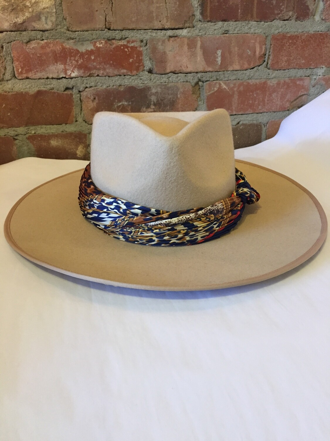 AAC-Rancher Style 100% Wool Beige Hat with Scarf