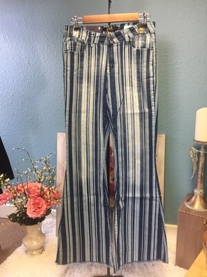 AAC-Mid-Rise Striped Flare  Jeans Unfinished Hem
