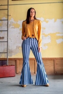AAC - Ole' Ole' Let's Play!  Striped Jeans