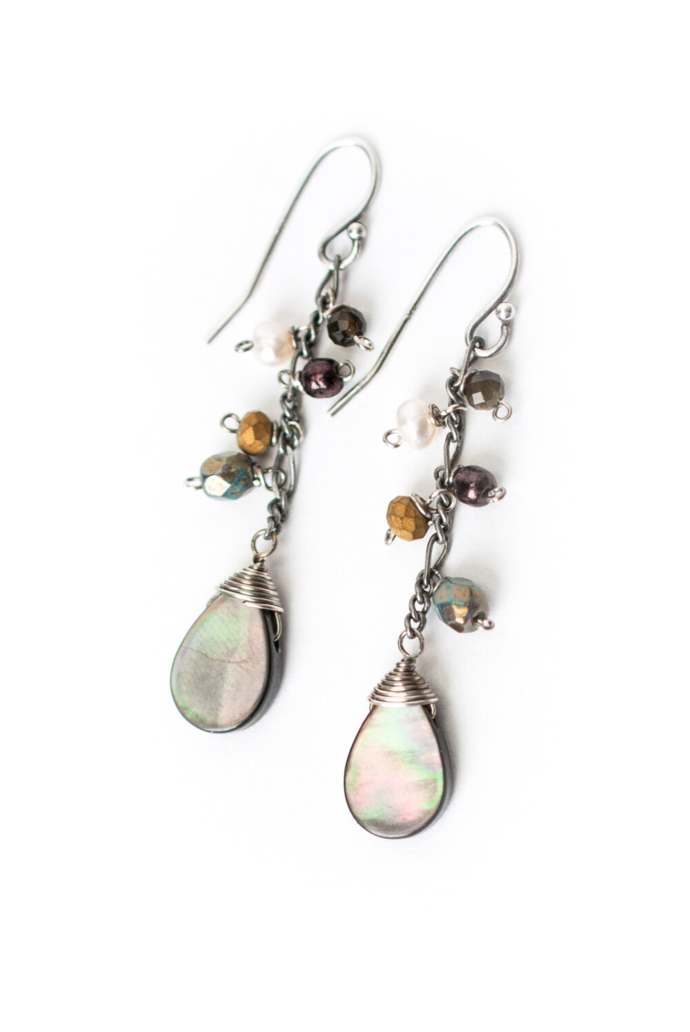 AV Willow Creek Simple Abalone Cluster Dangle Earrings #wil010e