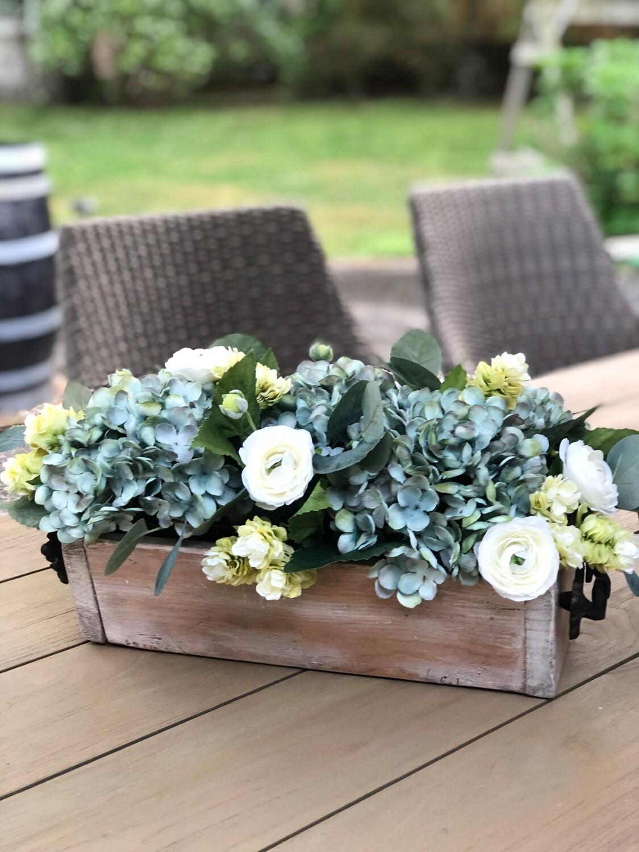 Planter box arrangement no. A146