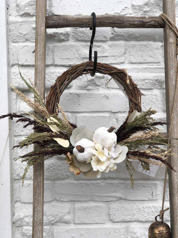 Mini white pumpkin wreath no. 172