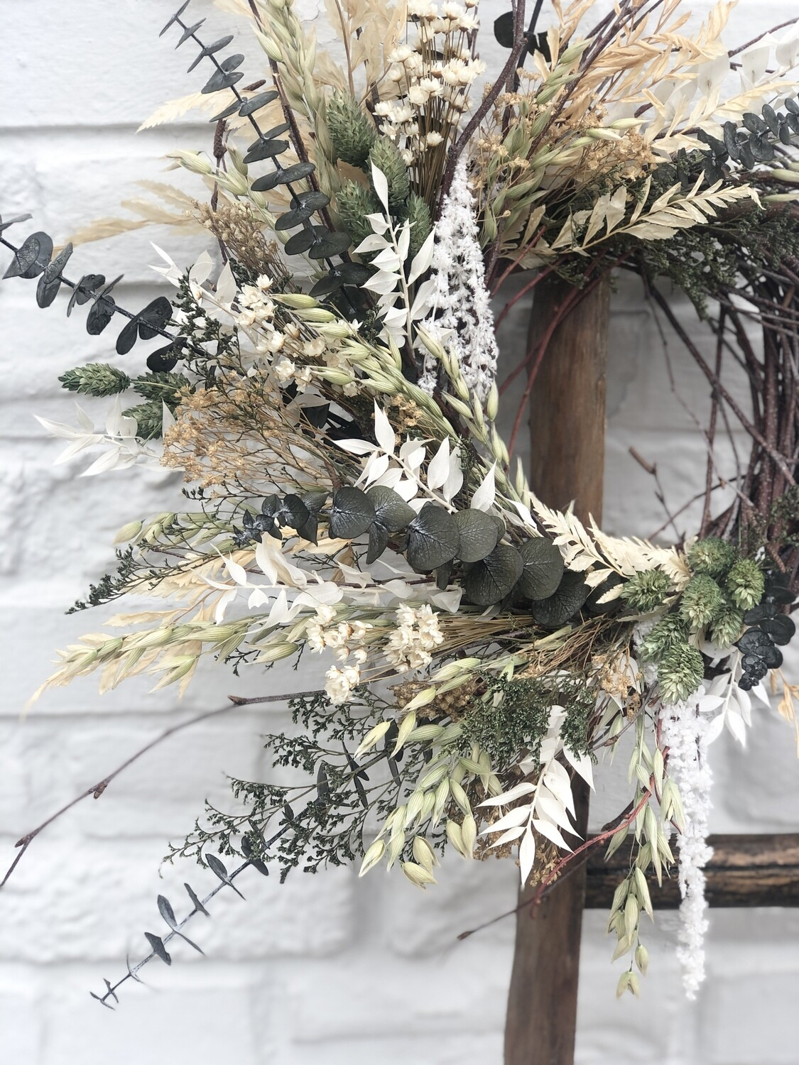 Dried/Preserved Wreath no.229
