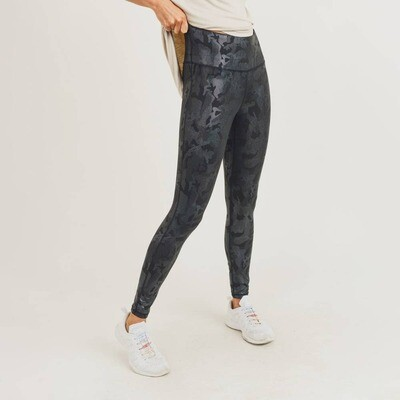 Camo Holographic Microdot Leggings
