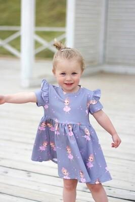 Платье с коротким рукавом «Балеринки на сером»