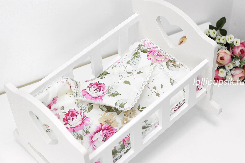 Кроватка белая для кукол до 34 см, с постелькой «Цветы»