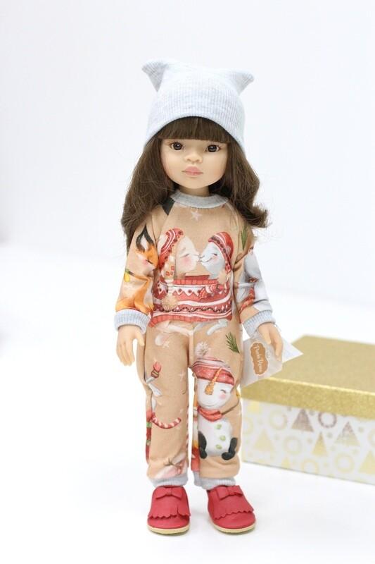 Кукла Мали с челкой и карими глазами в новогоднем комбинезоне, Паола Рейна , 34 см