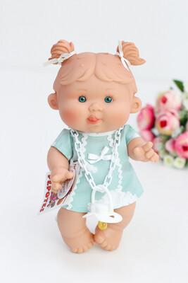 Ванильный пупс Nines d'Onil Девочка с язычком - 26 см