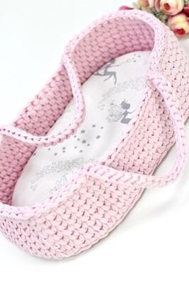 Плетёная переноска для кукол до 36 см, цвет нежно-розовый, матрасик в комплекте
