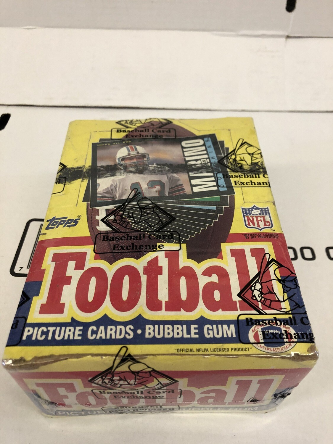 1985 Topps Football Wax Pack Box Sealed & Wrapped by BBCE