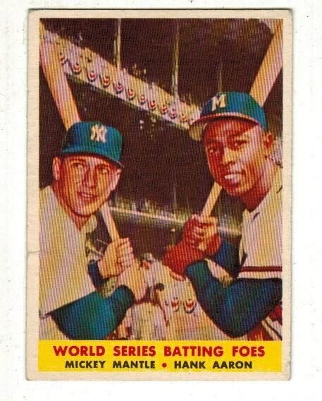 1958 Topps #418 World Series Batting Foes Mickey Mantle Aaron