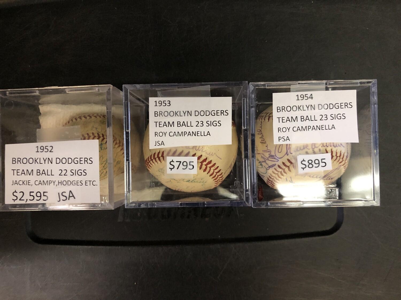 1952 Brooklyn Dodgers Team signed Baseball 22 sigs