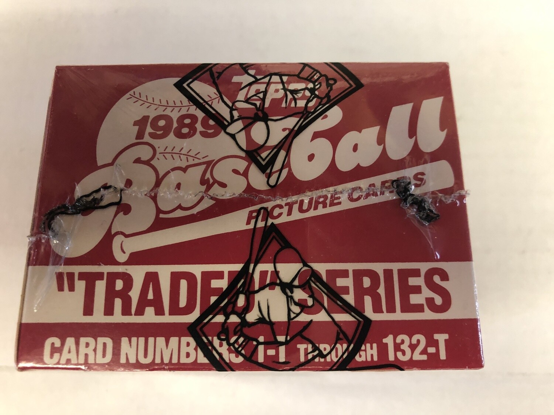 1989 Topps Traded Baseball set BBCE Wrapped