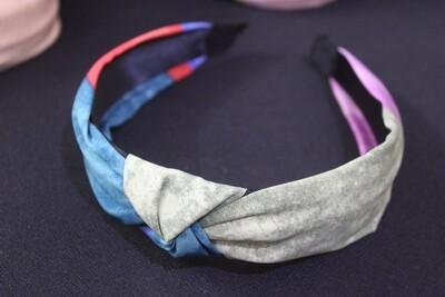 Multi-Colored Knot Hairband