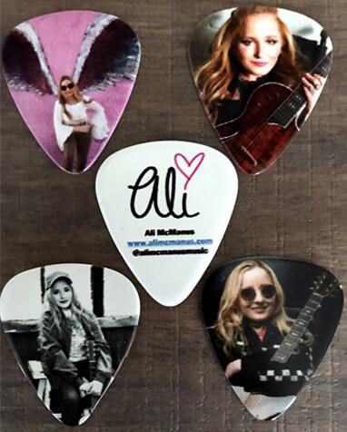 Set of 4 Guitar Picks