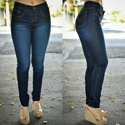 Pantalon Tipo Levis,  con bolsas delanteras y taseras
