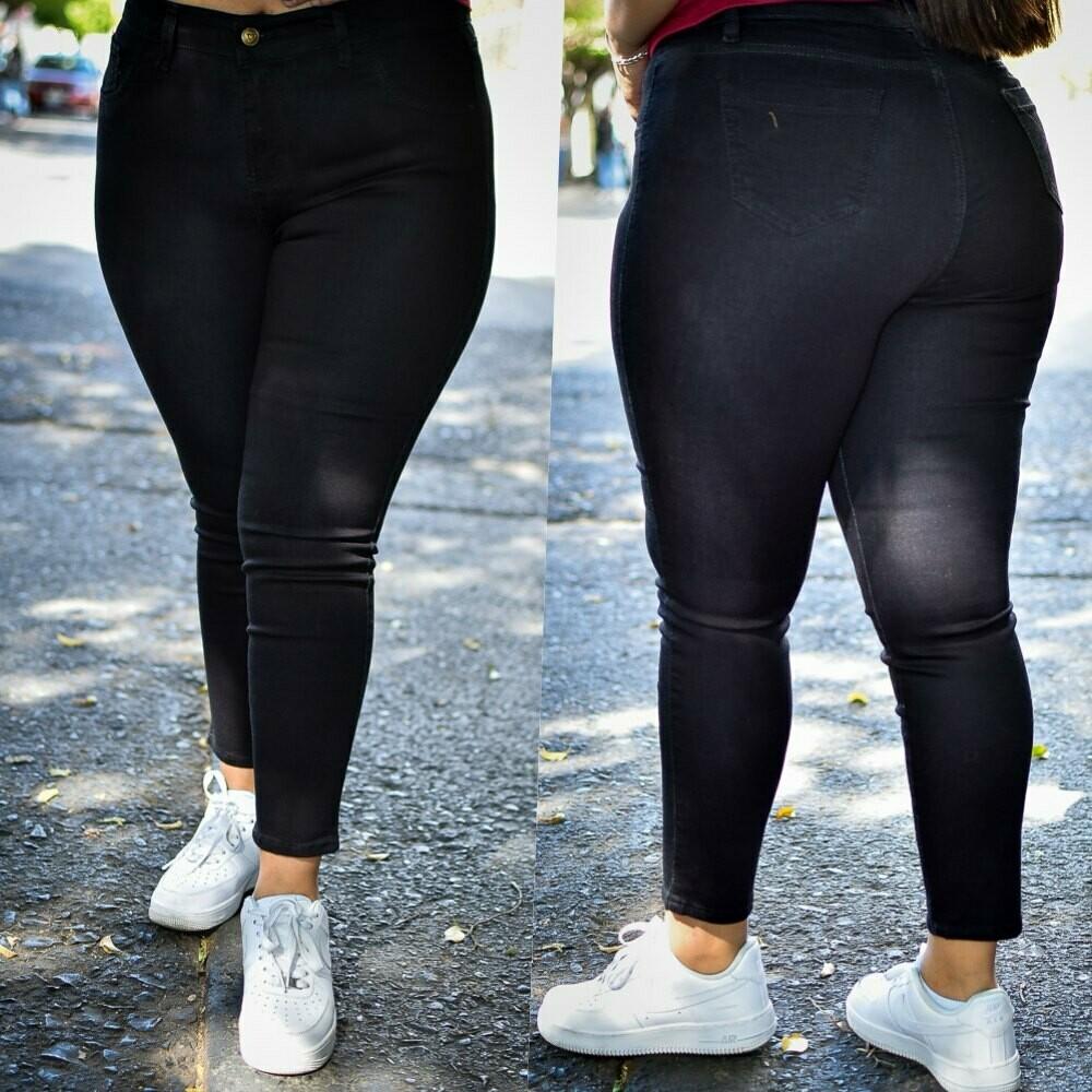 Pantalon negro tobillero MODELO 01232