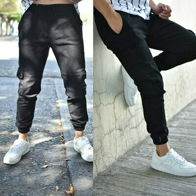 Pantalon Jogger gabardina negro-00357