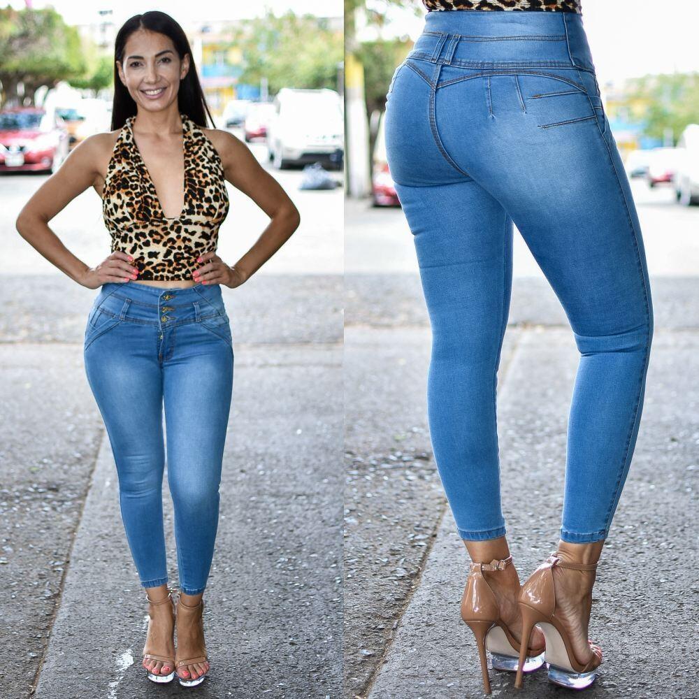 Pantalon tobillero 3 Botones costura en pretina Modelo 01636 AZUL CLARO