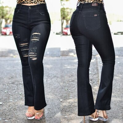 Pantalon Campana Negro con destruccion Modelo 01639