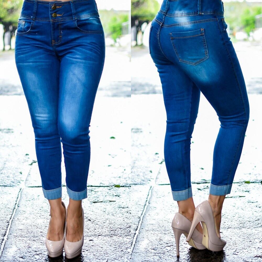 Pantalon Tobillero con dobles Azul Claro 2 botones