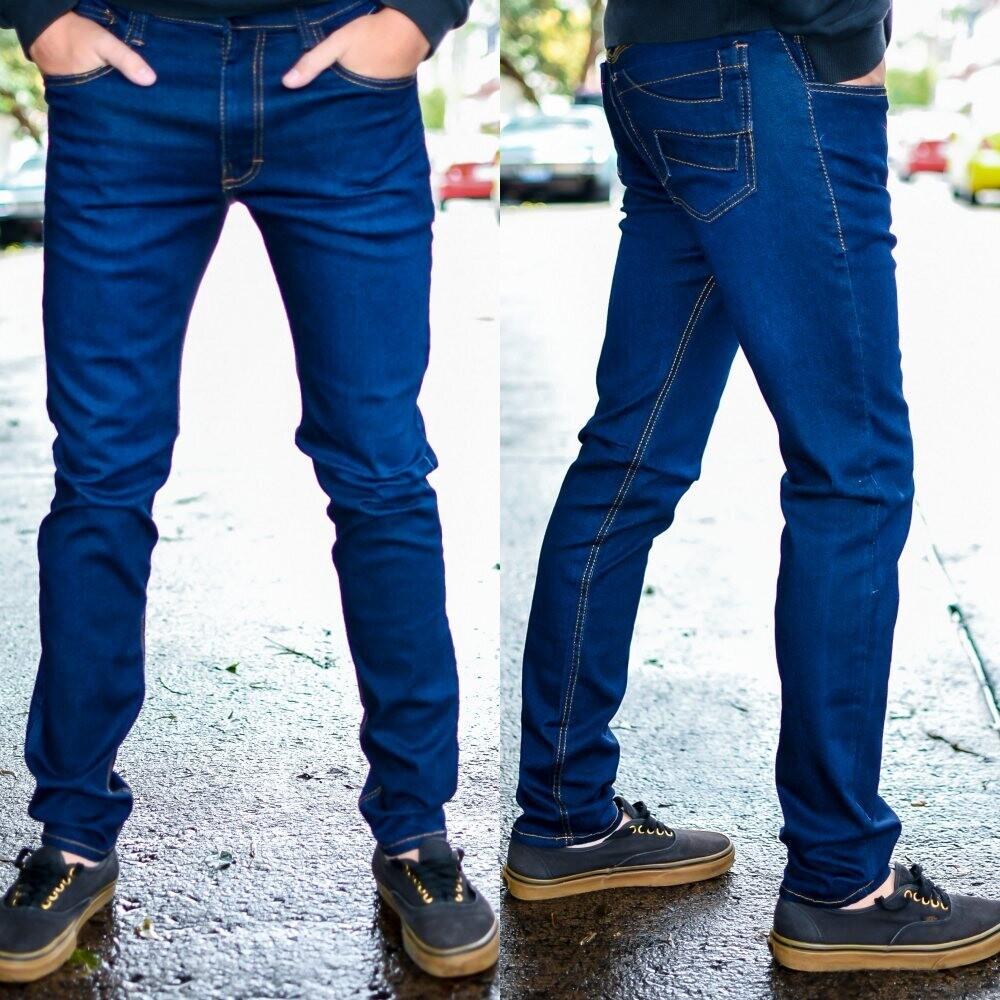 Pantalon para caballero Corte Skinny azul obscuro  Modelo 01677