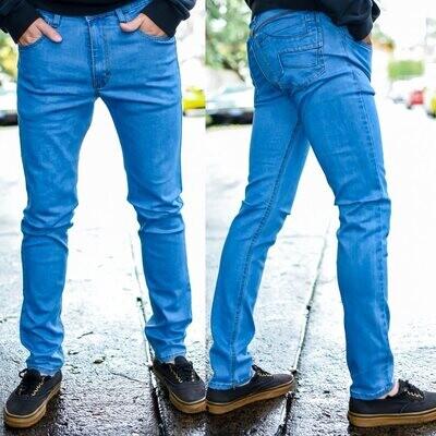 Pantalon para caballero Corte Skinny azul claro  Modelo 01676