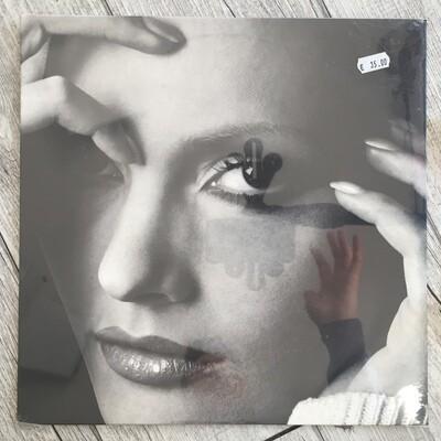 ANNA OXA - Tutti i brividi del mondo