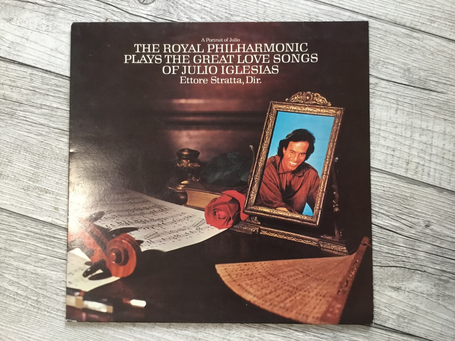 THE ROYAL PHILHARMONIC, ETTORE STRATTA - Plays The Great Love Songs Of Julio Iglesias