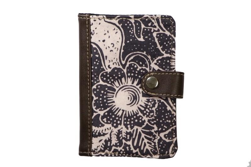 Batik Passport Holder - Dark Rafflesia