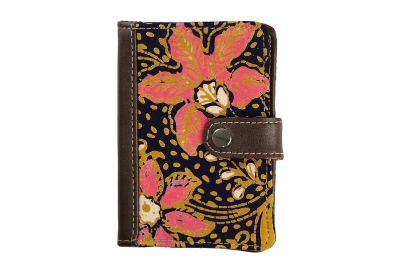 Batik Passport Holder - Pink Teratai